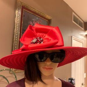 Beautiful  Elegant Red Hat with beautiful gems